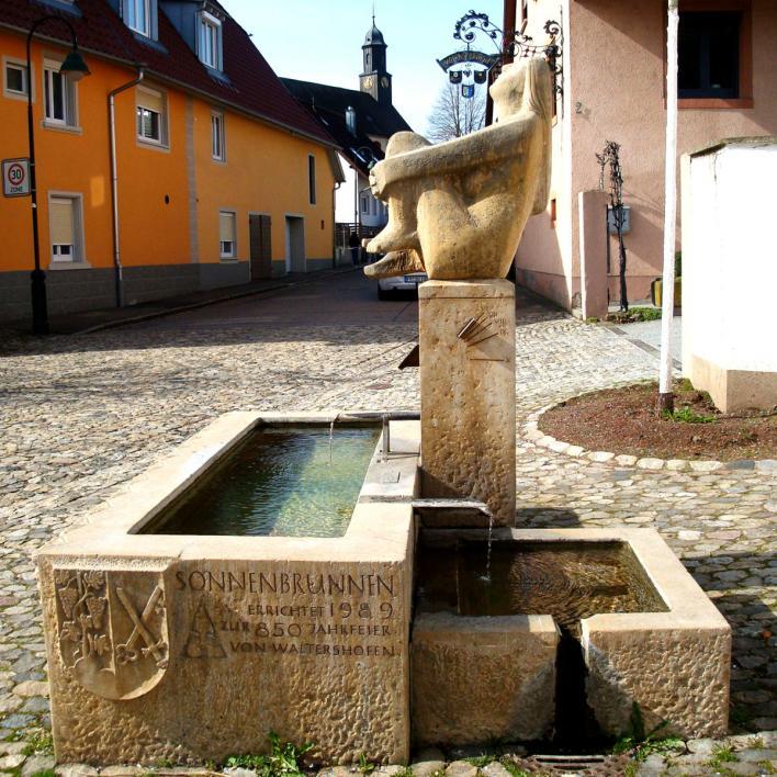 Sonnenuhrbrunnen